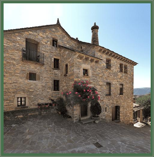casa coronas, el pueyo de araguás. turismo rural